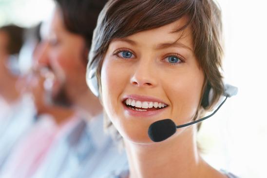 photodune-217509-female-customer-support-xs